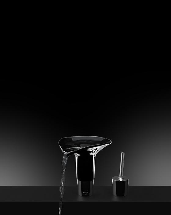 Смеситель Lotus, созданный на основе AXOR U-Base по проекту Ирис Андреадис для AXOR WaterDream 2015