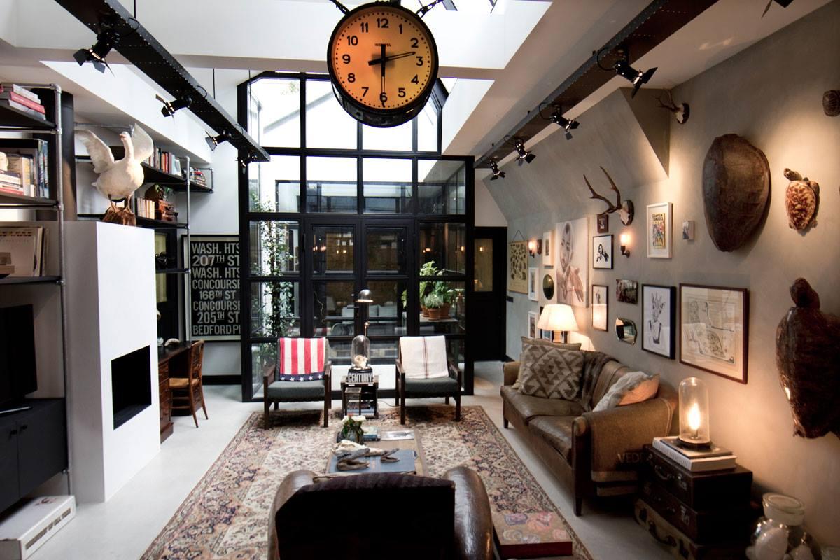 Интерьер дома-гаража, в котором для оборудования санузла использована раковина Duravit VERO. Вид Е