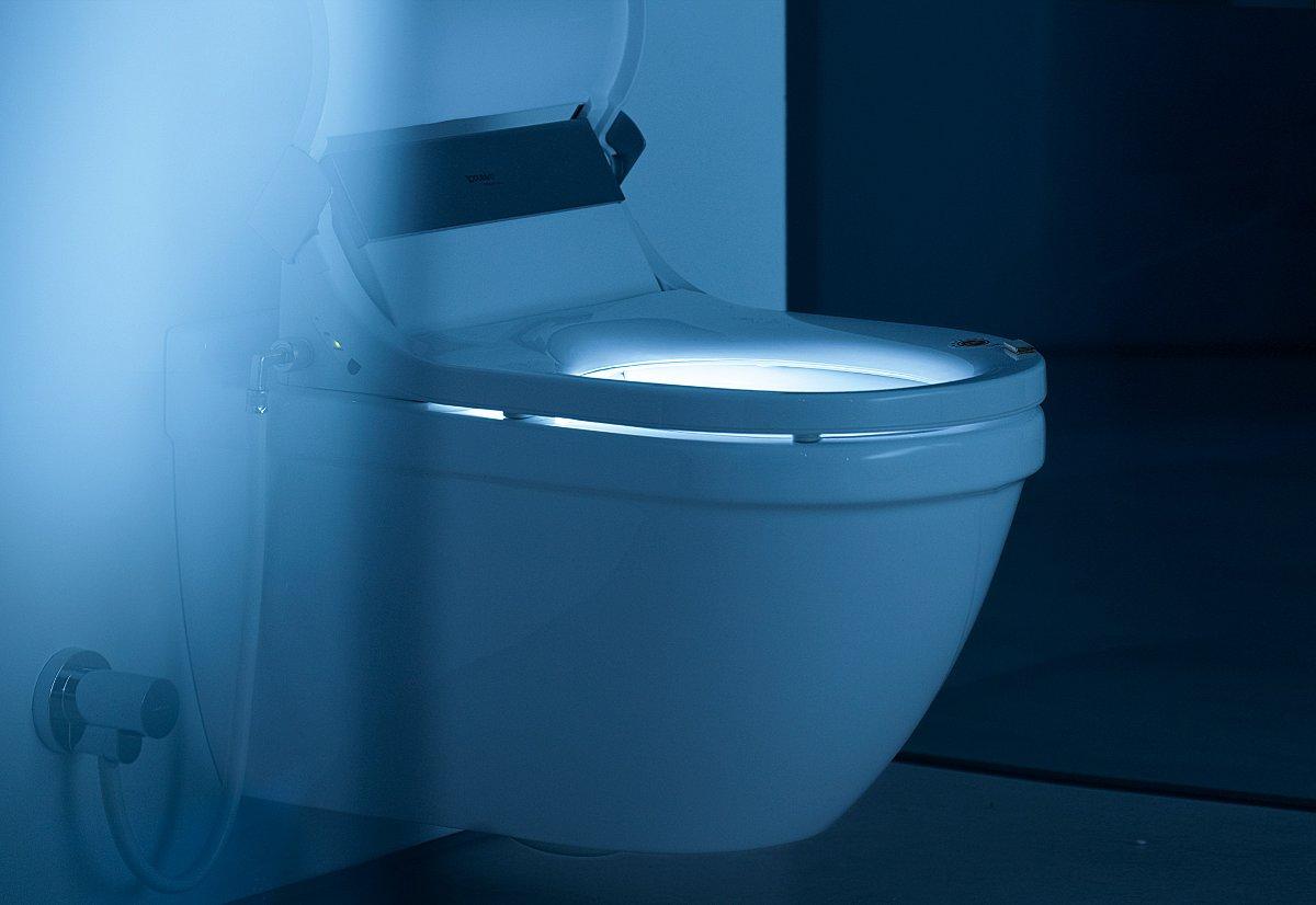 Процесс использования приспособления для мытья окон от Leifheit