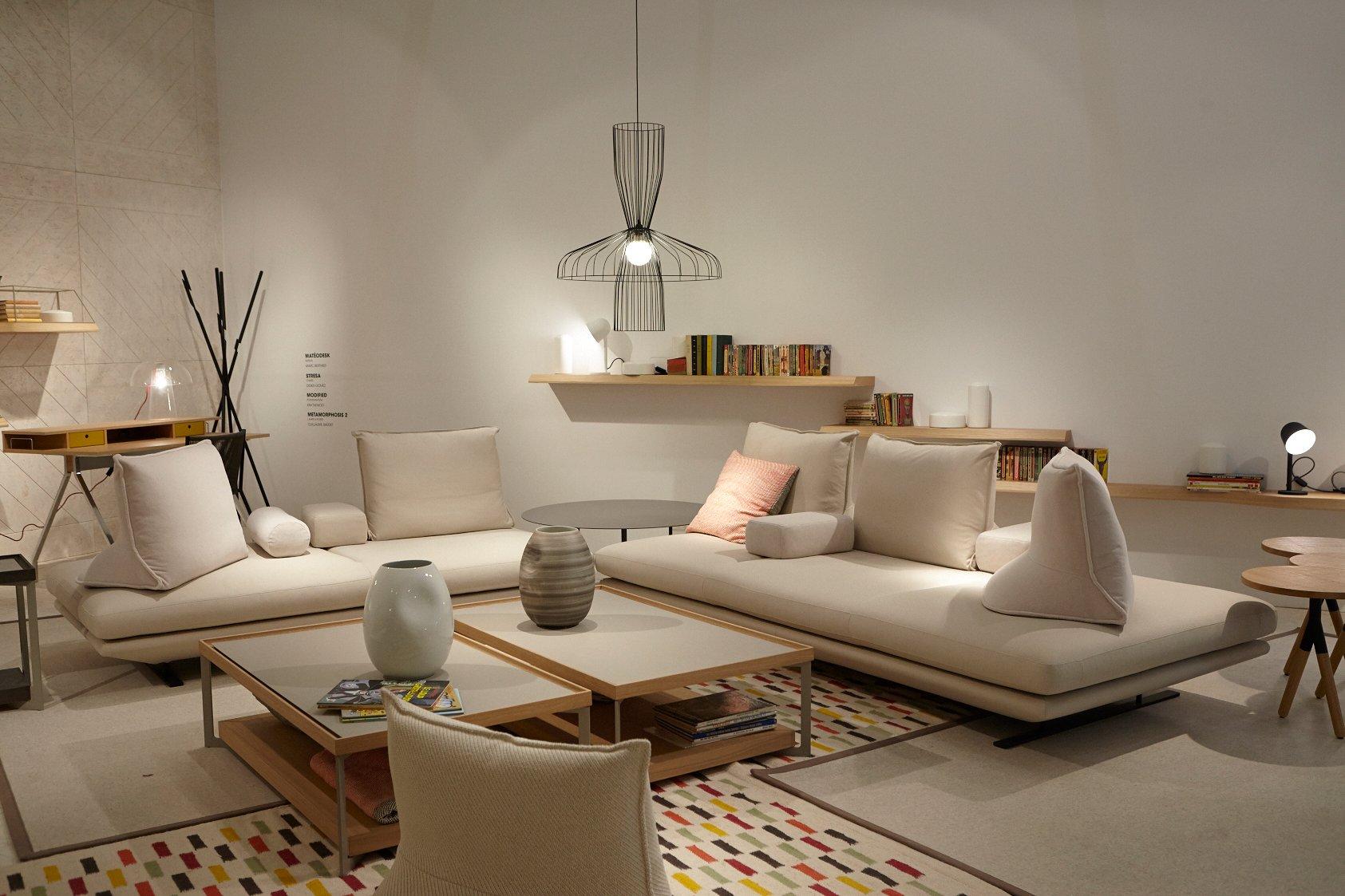 teppich cube ligne roset innenr ume und m bel ideen. Black Bedroom Furniture Sets. Home Design Ideas