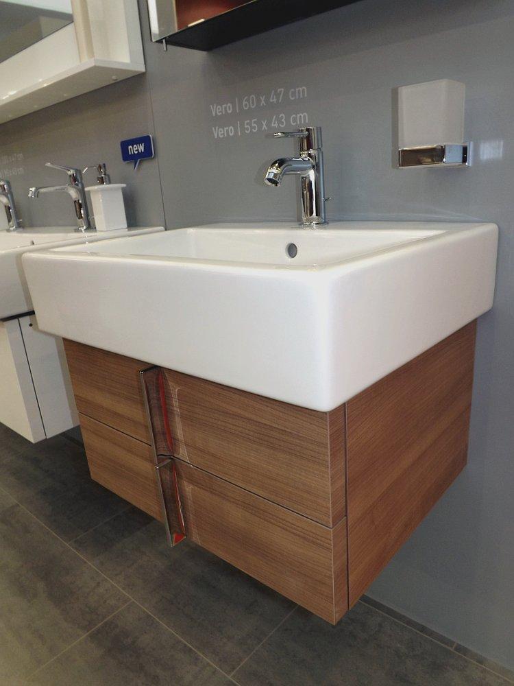 Мебель и санкерамика для ванной из коллекции Duravit VERO на выставке MosBuild 2014 - вид Д