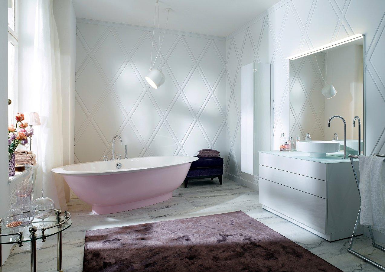 Пока розовые ванны редки, но если покупателям понравится вносить в интерьер новые оттенки засчёт ванн, то эту тенденцию теоретически могут поддержать и Kaldewei, и другие производители ванн. Кстати, у Bette уже есть своя розовая модель