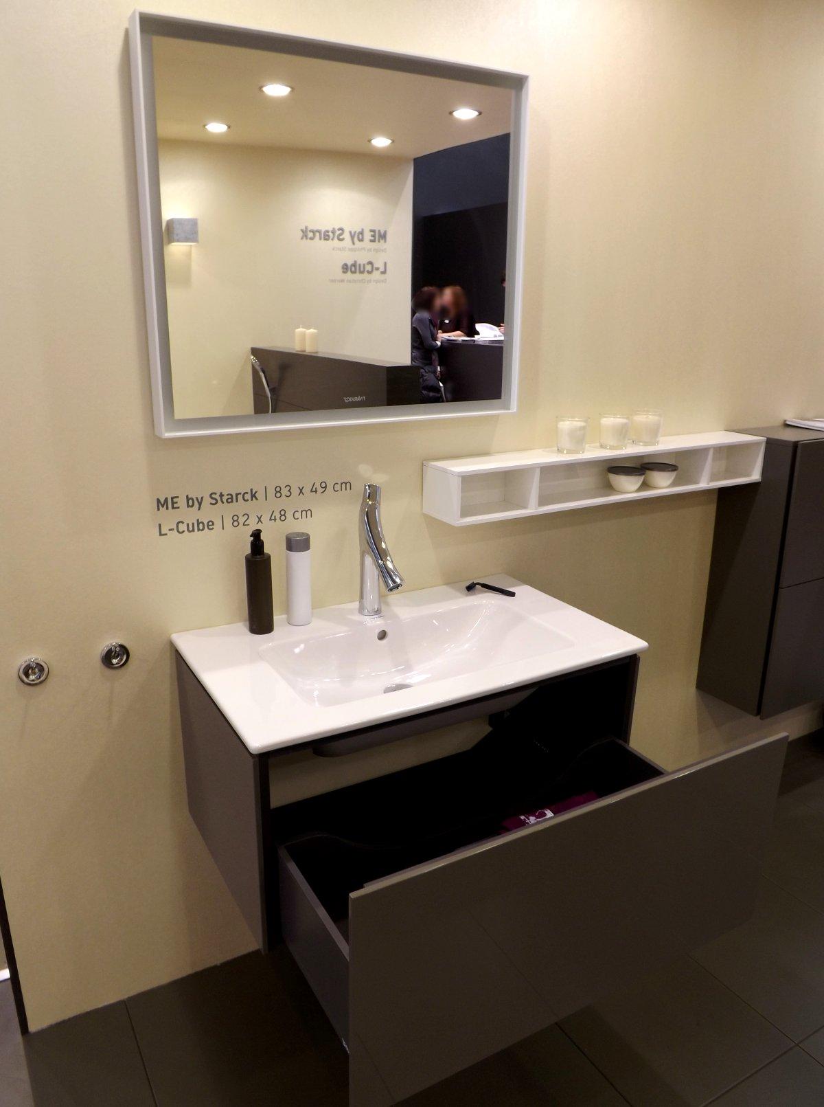 Мебель для ванной и зеркало L-Cube с раковиной ME by Starck от Duravit на выставке МосБилд 2015