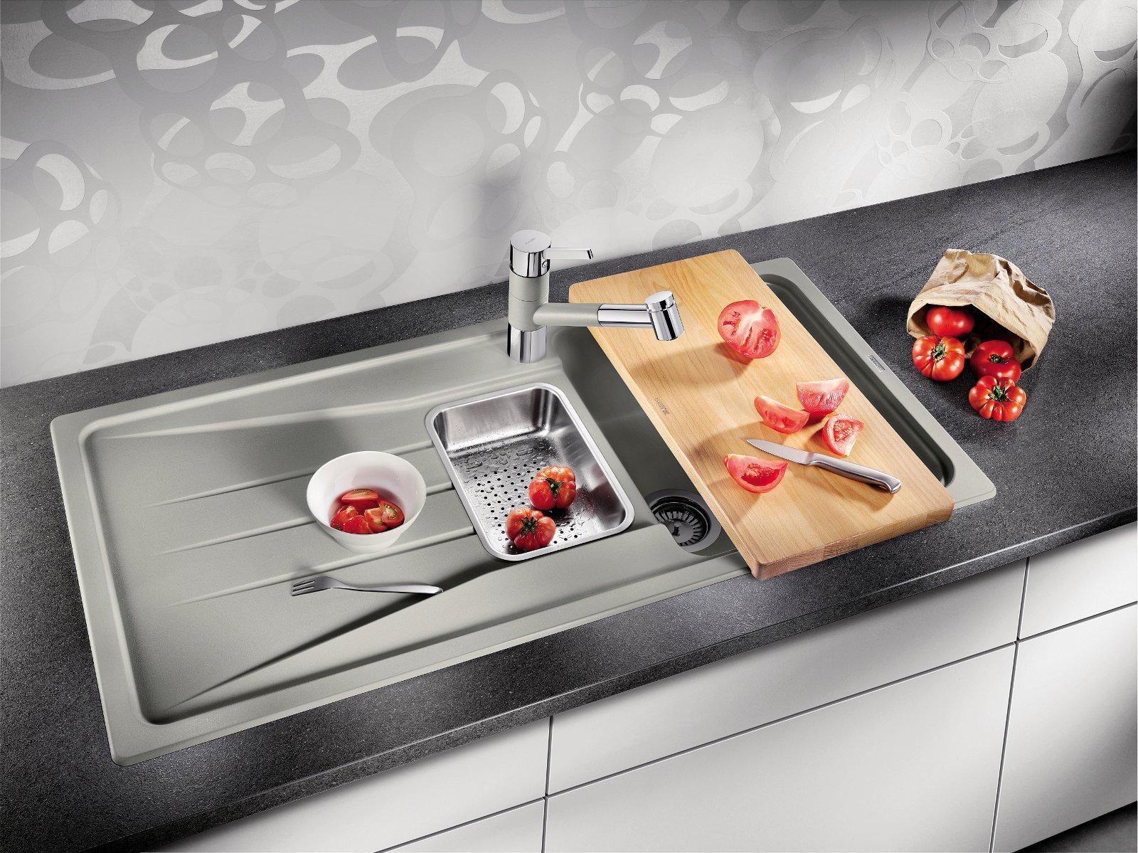 Кухонная мойка жемчужно-серого цвета из фирменного материала SILGRANIT от  Blanco 2014 - вид В
