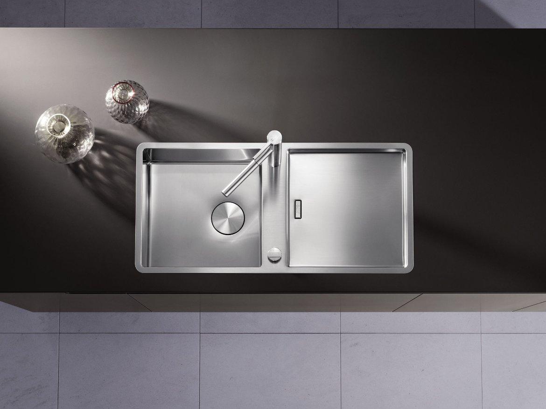 Кухонная мойка серии JARON из числа новинок, предлагаемых Blanco в 2016 году