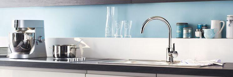 Смеситель Grohe в кухонном интерьере