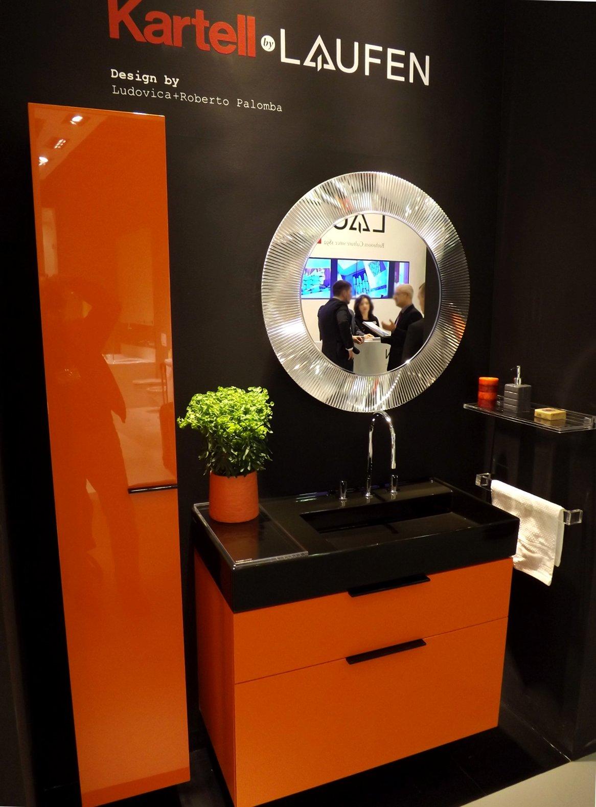 Демонстрация сантехники и мебели для санузла под двумя брендами - Laufen и Kartell - на выставке МосБилд-2014