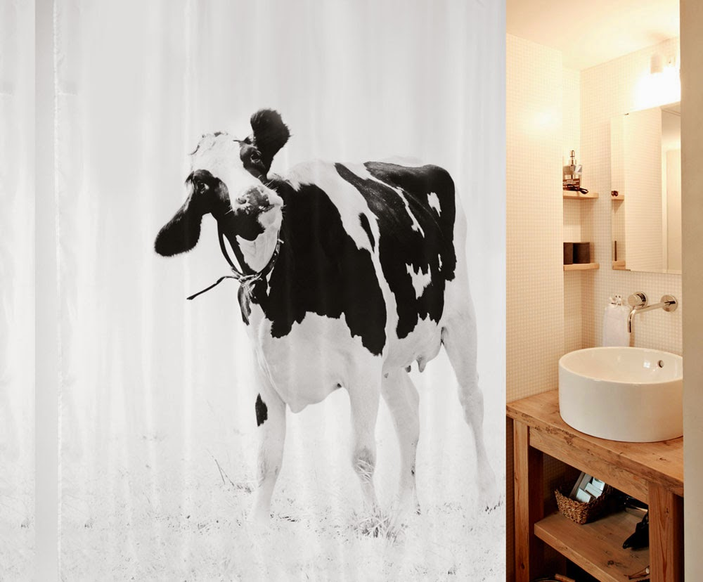 Штора для ванной Spirella 2014 года с фото-декором и изображением коровы