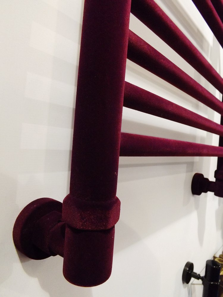 Полотенцесушители Сунержа на московской выставке МосБилд 2014. Декоративное бархатистое покрытие - флокирование