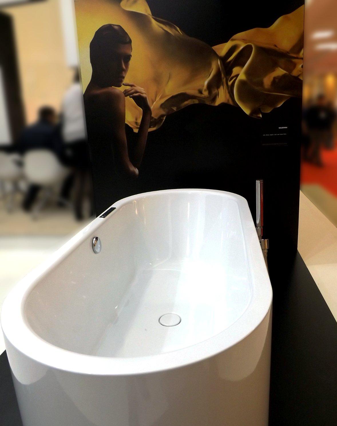 Демонстрация ванны Kaldewei на выставке МосБилд-2014