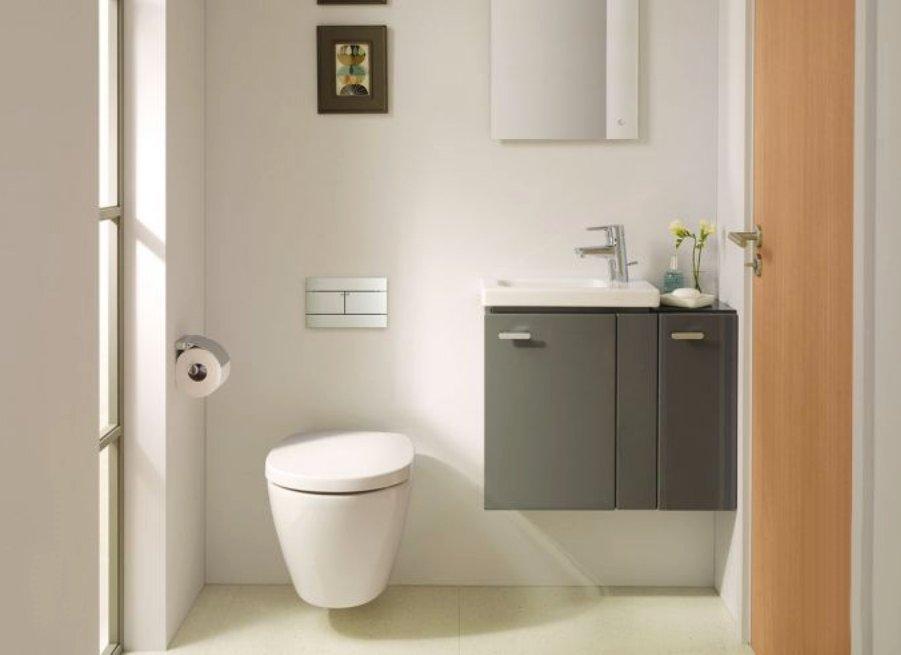 Как маленькие ванные комнаты могут выглядеть большими. С боковым расположением смесителя иногда просторнее