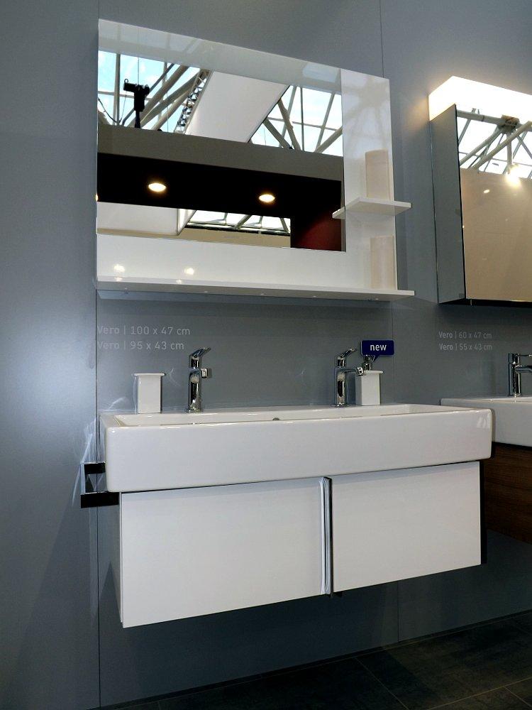 Мебель и санкерамика для ванной из коллекции Duravit VERO на выставке MosBuild 2014 - вид А