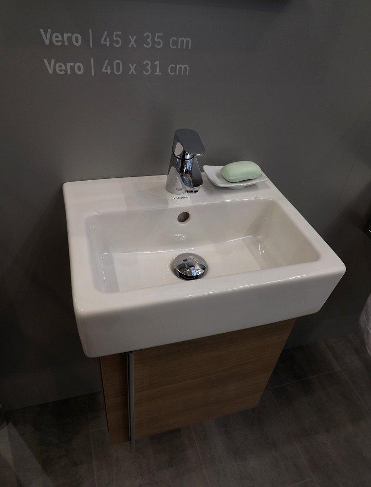 Мебель и санкерамика для ванной из коллекции Duravit VERO на выставке MosBuild 2014 - вид Й
