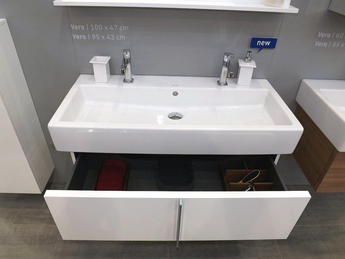 Мебель и санкерамика для ванной из коллекции Duravit VERO на выставке MosBuild 2014 - вид В