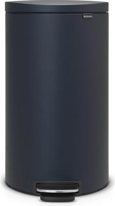 Мусорный бак с педалью 30л иссиня-чёрного цвета Brabantia FlatBack+ 103940