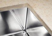 Кухонная мойка основная чаша справа, без крыла, нержавеющая сталь зеркальной полировки Blanco Claron 400/550-Т-U 517235