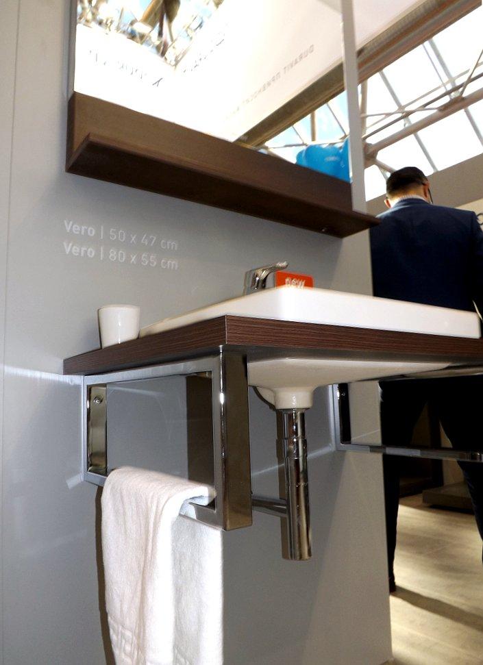 Мебель и санкерамика для ванной из коллекции Duravit VERO на выставке MosBuild 2014 - вид М