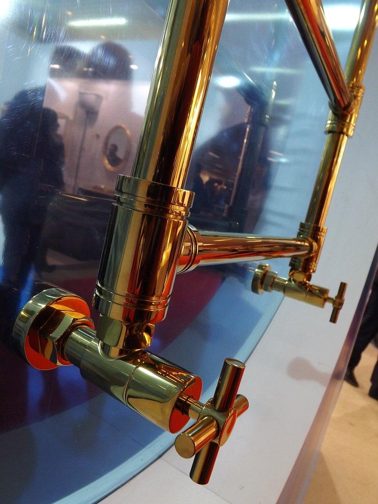 Полотенцесушители Сунержа на московской выставке МосБилд 2014. Вентили от производителя