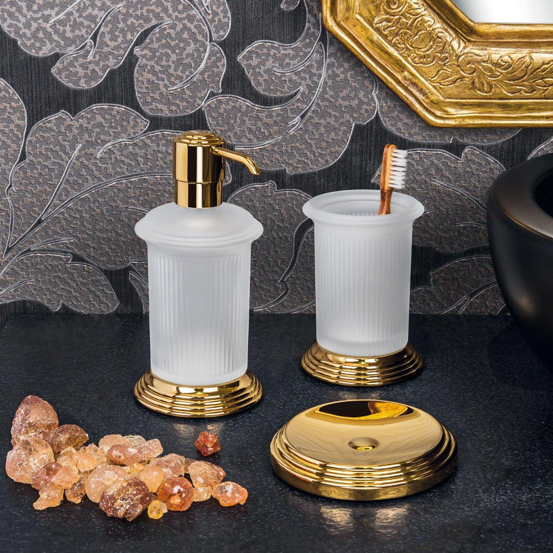 Аксессуары для ванной комнаты от Colombo