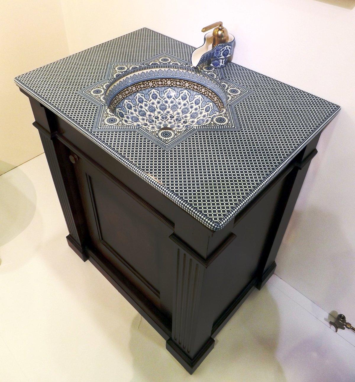 Встроенная раковина от Kohler на выставке MosBuild 2014