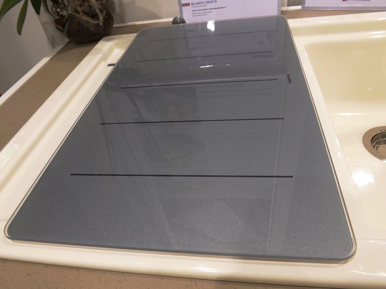 Кухонная мойка AXON 6 S и смеситель LINUS-S. Вид Г