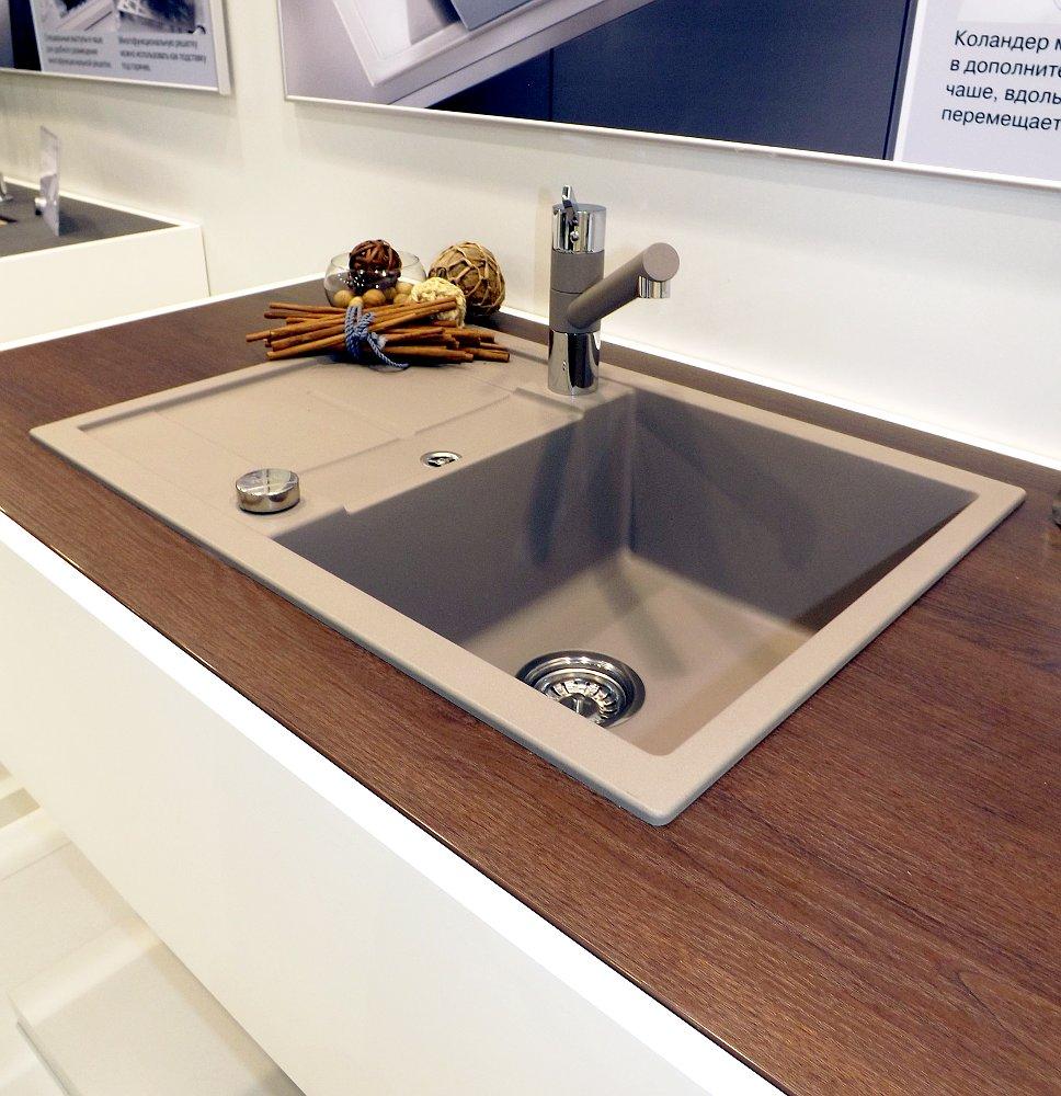 Кухонная мойка METRA 45 S Compact и смеситель TIVO. Вид Б
