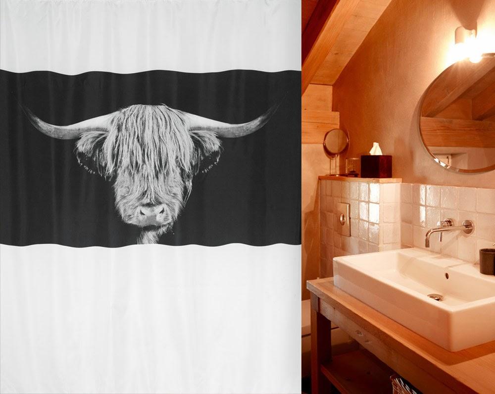 Штора для ванной Spirella 2014 года с фото-декором и изображением крупной лохматой и рогатой морды