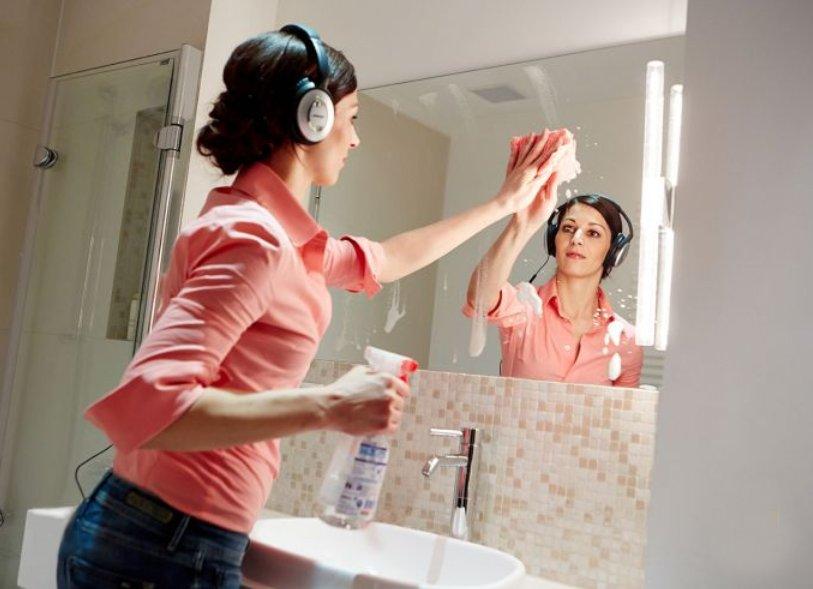 Иллюстрация к описанию процесса уборки ванной комнаты от Немецкой ассоциации производителей сантехники. Вид В