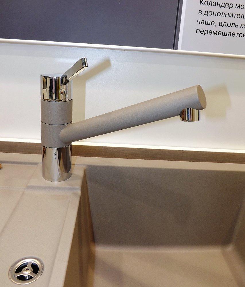 Кухонная мойка METRA 45 S Compact и смеситель TIVO. Вид В