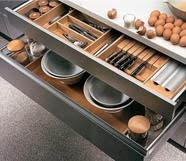 Иллюстрация к советам от Grohe по обустройству малогабаритных кухонь