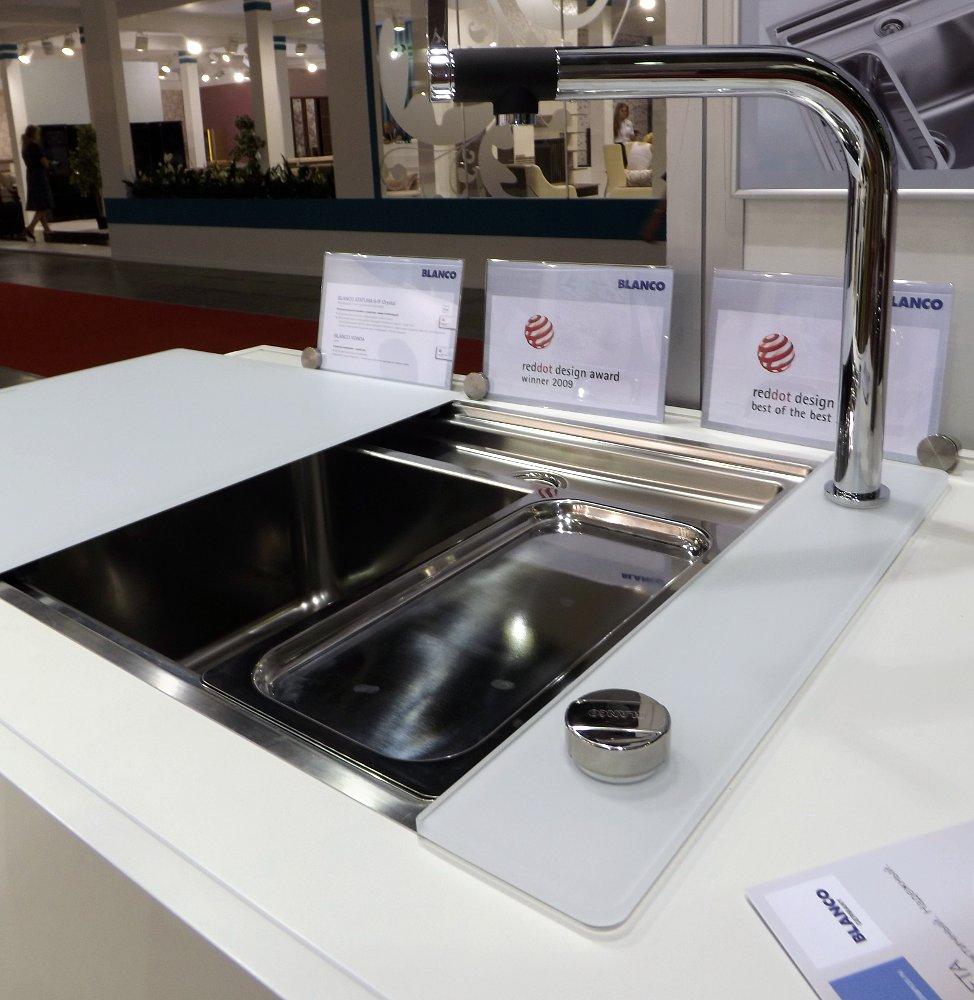 Кухонная мойка STATURA 6-IF Crystal Line и смеситель VONDA Control. Вид В