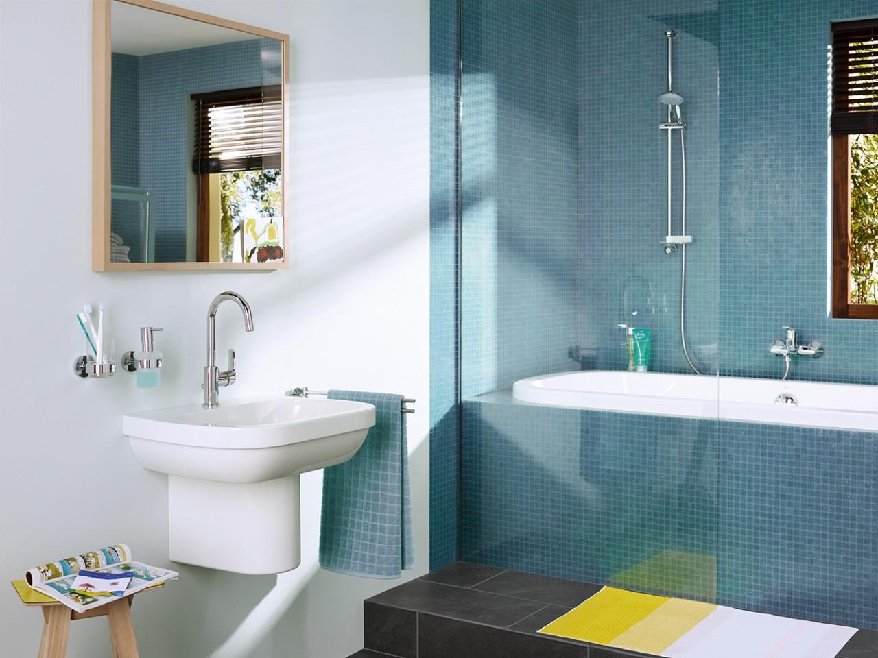 Смесители из серии EUROSMART от Grohe 2015 в интерьере ванной