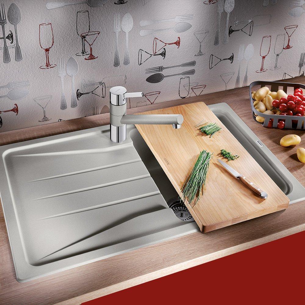 Кухонная мойка серии SONA из числа новинок, предлагаемых Blanco в 2016 году