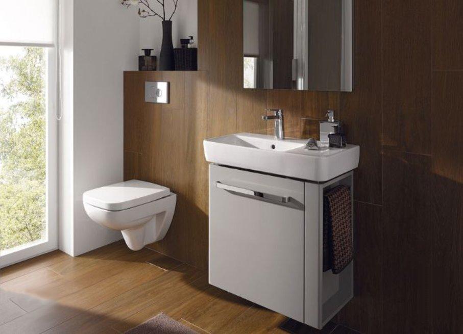 Как маленькие ванные комнаты могут выглядеть большими. Меньшая глубина санкерамики изменяет общее впечатление