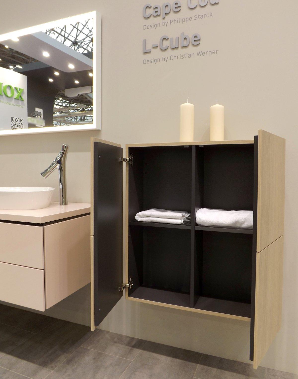 Мебель для ванной и зеркало L-Cube с раковинами-чашами Cape Cod от Duravit на выставке МосБилд 2015