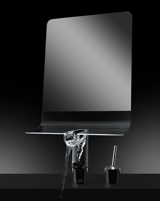 Смеситель Vanity Mirror, созданный на основе AXOR U-Base по проекту Томаса Эллиотта Бернса для AXOR WaterDream 2015