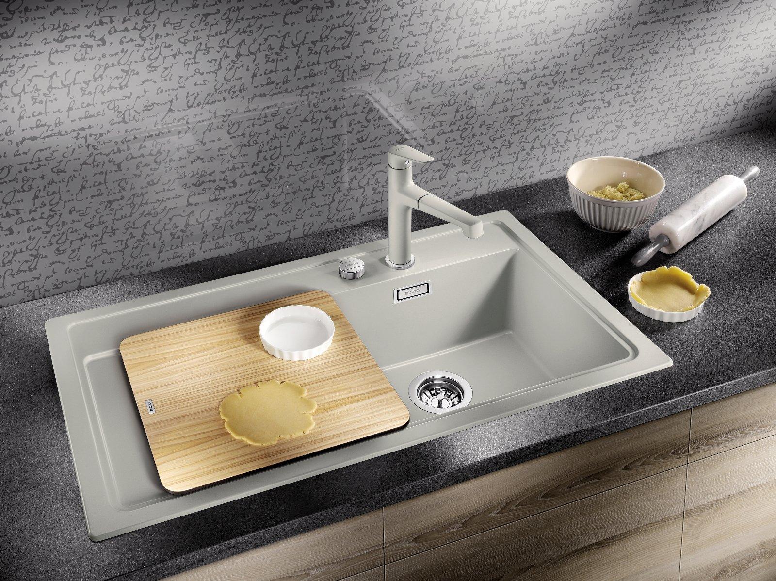 Кухонная мойка жемчужно-серого цвета из фирменного материала SILGRANIT от  Blanco 2014 - вид А