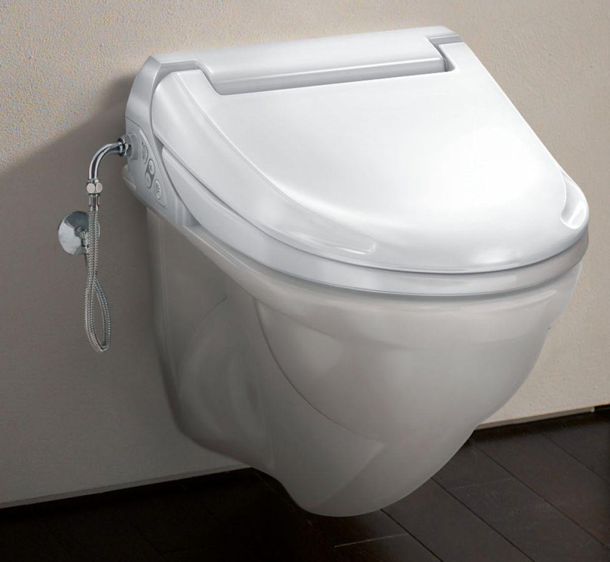 Крышка-биде AquaClean 4000 от Geberit на подвесном унитазе в интерьере. Вид А