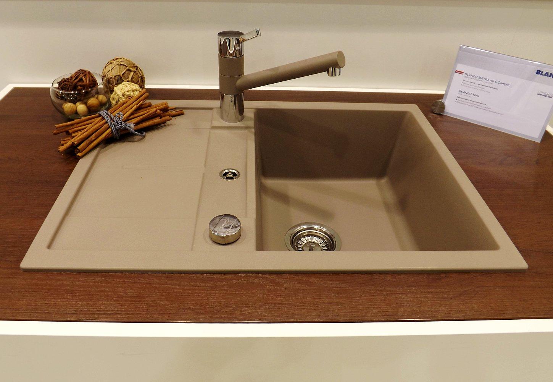Кухонная мойка METRA 45 S Compact и смеситель TIVO. Вид А