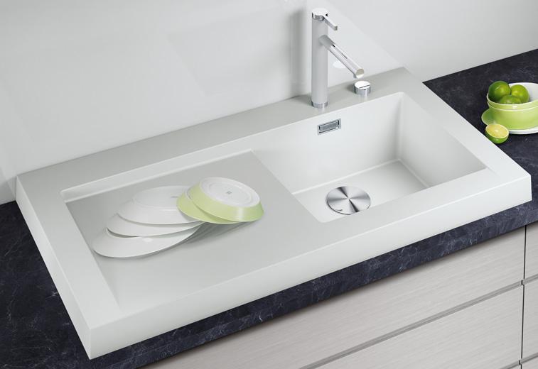 Кухонная мойка из коллекции MODEX 2012 года в цветовом исполнении из гаммы SILGRANIT с соответствующим по стилю смесителем Blanco. Вид Е